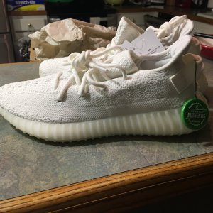 buy online 18dce e3a46 Yeezy 350 V2 Cream Whites Fake Check from StockX | NikeTalk