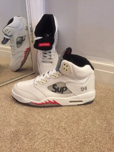 the best attitude d509a fc934 Help are these real or fake Jordan 5 retro supreme? | NikeTalk